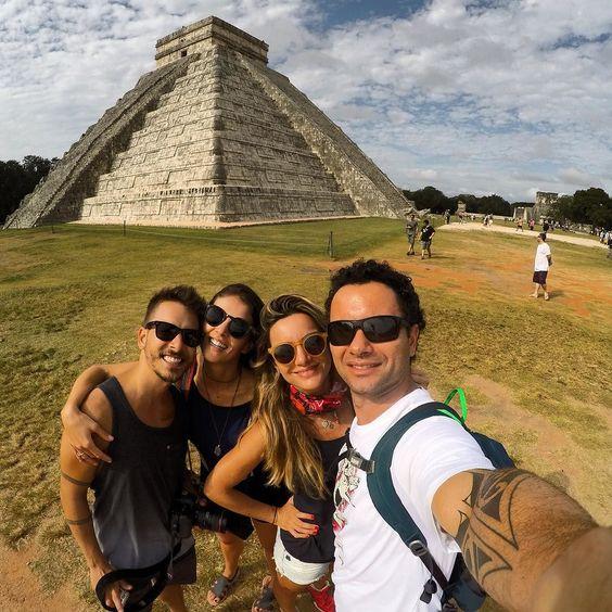 Chichén Itzá e a pirâmide de Kukulká fundada nos anos 435 e 455 a.C. Uma das 7 maravilhas do mundo! #Yucatan #Mexico #parceriaboa by marcoluque