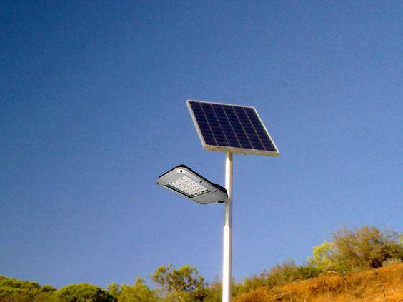 El Ayuntamiento instala farolas solares en Vitoria http://www.ayuntamiento.es/archivo/el-ayuntamiento-instala-farolas-solares-en-vitoria/
