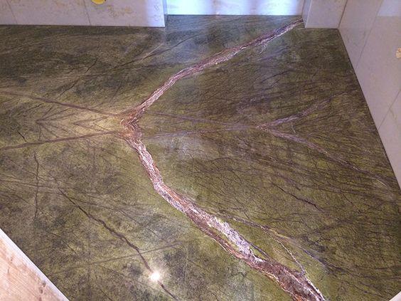 pavimento bagno marmo macchia aperta - bathroom marble floor open book    ristruttutainterni.com