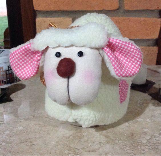 Peso de porta ovelhinha.