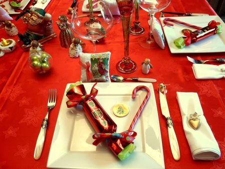 Pour no l rouge et or voir photos d corations de - Decoration table de noel rouge et or ...