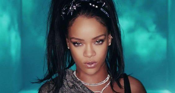 """Rihanna curte uma balada com Calvin Harris no clipe de """"This Is What You Came For""""; assista!"""