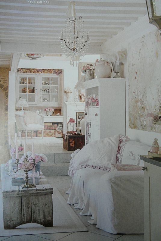 Shabby chic living room in beautiful French farmhouse with romantic decor via Grange de Charme. #shabbychic #livingroom #romanticdecor #frenchfarmhouse