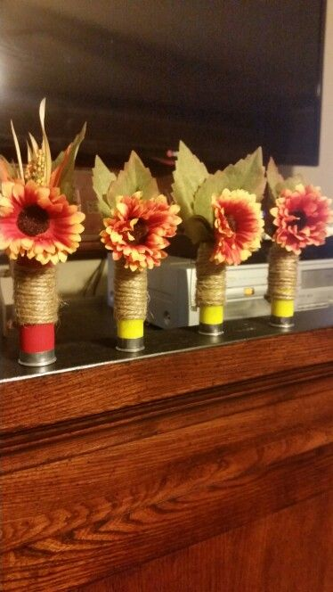 Shotgun shell boutineers