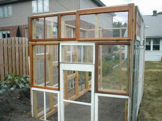 Saiba como transformar janelas velhas em estufas