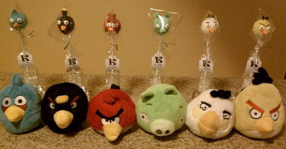 Angry Birds Cake Pops.