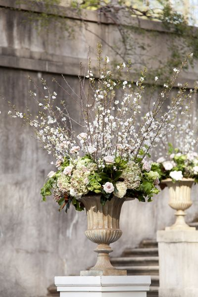floral arrangements the church and spring on pinterest. Black Bedroom Furniture Sets. Home Design Ideas