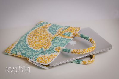 Sewplicity: TUTORIAL: Quilted Laptop Case (Part 1)