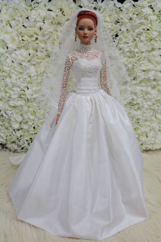"WEDDING DRESS   for  American model 22"" Tonner doll 14/9/4 #tdfasiondoll"