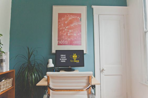 Freelance creative workspace - home office - free PSD mockup #documents…