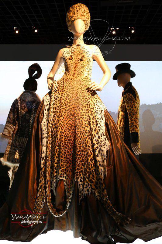 """Jungle urbaine - Collection """"La Russie"""" 1998 - Exposition Jean Paul Gaultier - Grand Palais - Paris"""