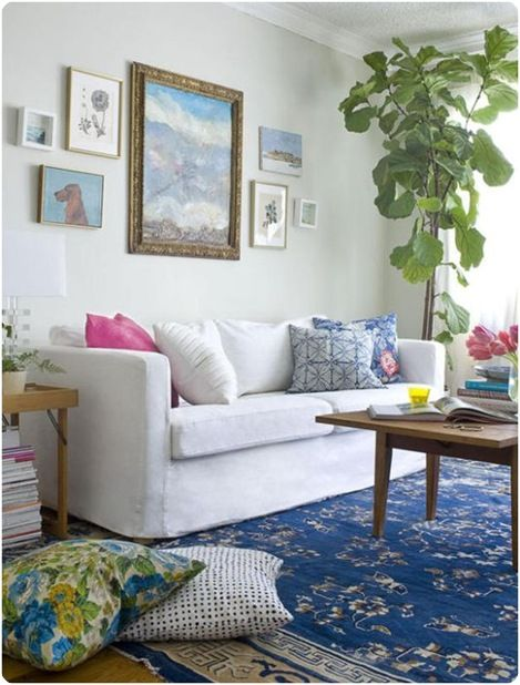 Love the pink, blue and crisp white combo.