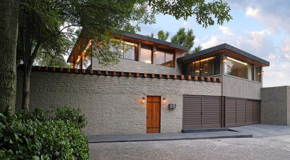 Virreyes by Kababie Arquitectos - http://www.bestofinteriors.com/dream-house-design/virreyes-by-kababie-arquitectos/