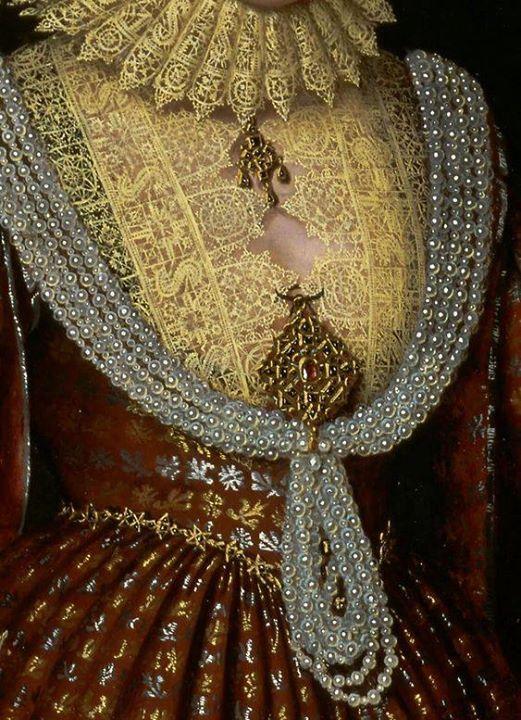 جزء من رداء إليزابيث كونتيسة كيلي ثنيات القماش والدانتيل المخرم والعقد الثمين للفنان بول فان سومر Paul Van Somer Classical Art Detail Art Renaissance Paintings