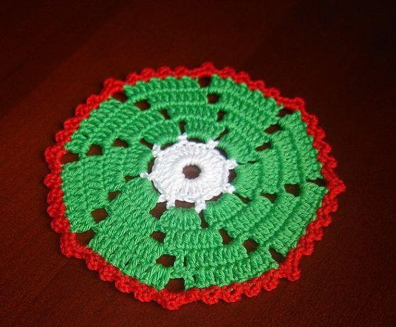 Crochet Christmas Coasters Set 4  Pcs by MomDaughterCraft on Etsy, €9.00