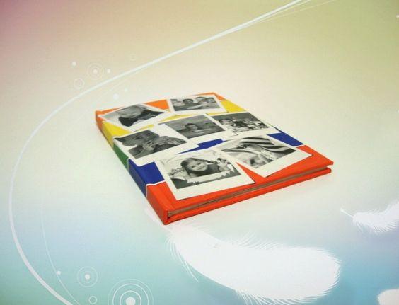 Especificações: Número de páginas: 20 (mínimo) até 100 páginas Tipo de papel: Couché 170 g/m², 250 g/m² ou Perolado 300 g/m² Lamentação: Brilho ou fosco (apenas na opção de 250 g/m²) Opcional Capa Revestida ou Capa Personalizada Cores (para capa revista): Preta, Vermelho, Azul, Rosa, Lilás, Verde, Cinza Encadernação: Costura e páginas vincadas Prazo de Produção: 7 dias úteis
