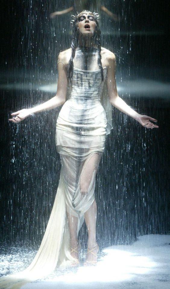 Alexander McQueen's 'Golden Shower' show, London .