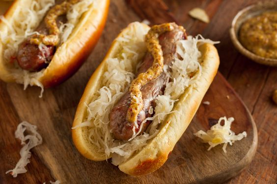 Putting ketchup on #hotdogs is totally frowned upon by Chicagoans, but how do YOU like your #sausages? Come sample all kind of #gourmet delicacies this Saturday!