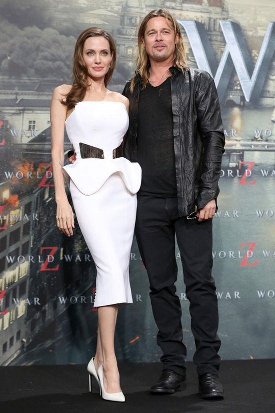 """Angelina Jolie very beautiful in Ralph & Russo at the """"World War Z"""" Berlin Premiere"""