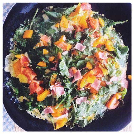 Homemade breakfast #madebyme #nomnomnom #happymonday #breakfast #pizza #homemade #food http://pslilyboutique.com http://instagram.com/pslilyboutique