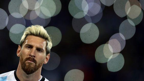 Un #Messi inspirado le da el triunfo a #Argentina ante #Uruguay  ... - http://www.vistoenlosperiodicos.com/un-messi-inspirado-le-da-el-triunfo-a-argentina-ante-uruguay/