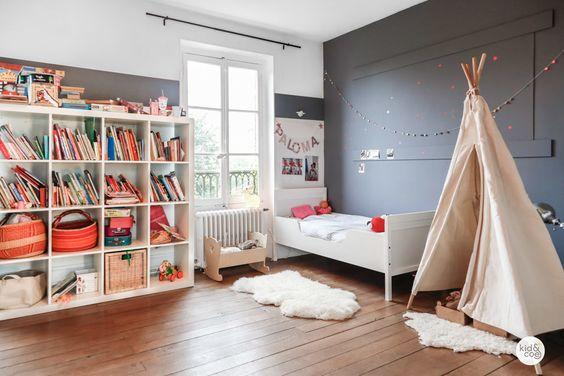 Casinha colorida: Uma casa incrível com adesivos divertidos