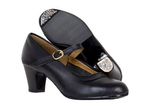Zapatos de Baile Semiprofesional Academias - Roberto Garrudo  Caracteríticas: Zapato Baile Hebilla. Piel Negro. Piso Goma con Clavos. Tacón 5 cm. Tallas 28/42 $38.96