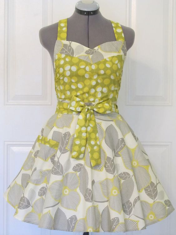 Aprons retro and twists on pinterest for Apron designs and kitchen apron styles