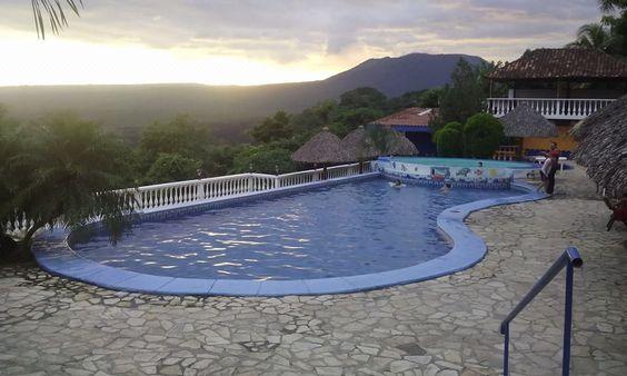 Mantenimiento de piscina con los mejores técnicos certificados en el cuido de la salud y de tu agua.