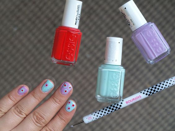 The Black Pearl Blog - UK beauty, fashion and lifestyle blog: Sunday Manicure: Floral nail art with Bourjois Dotting Tool