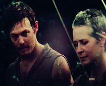 Daryl/Carol moment. i want this relationship to happen soooo badly!
