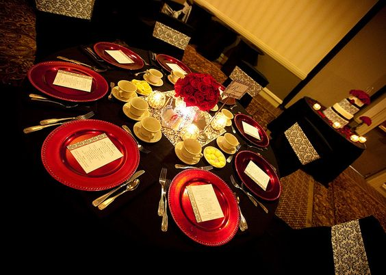 Black, White, and Red Wedding Details -- Round Table with Red Charger Plates by Special Events at Embassy Suites Nashville, via Flickr