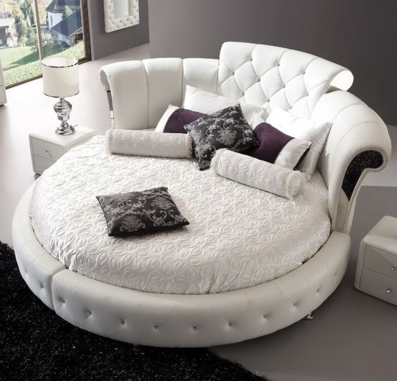 Reviews Thirty Circular Beds That Volition Spice Upwards Your Bedroom In 2020 Circle Bed Round Beds Bed Styling