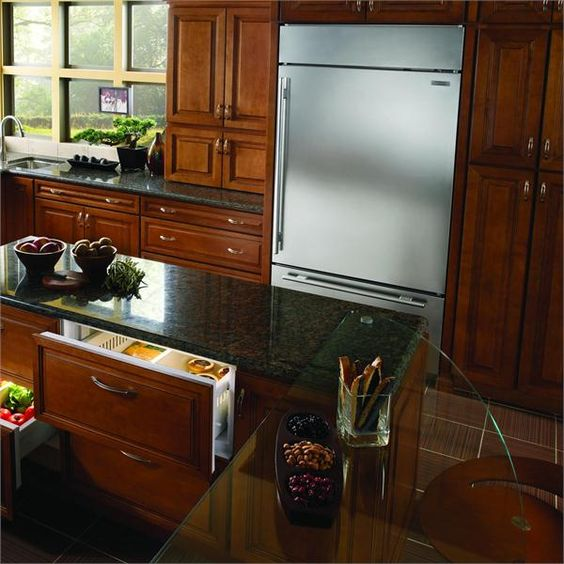 Sub-Zero BI-36U Over-and-Under Refrigerator/Freezer from Sub-Zero®