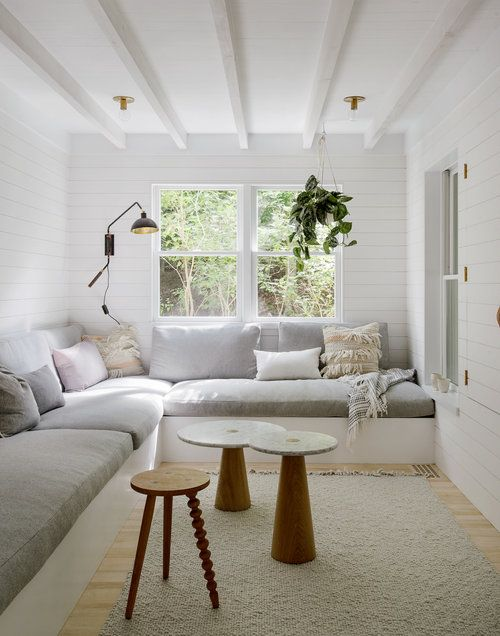 Amazing Minimalist Sunroom With Built In Wrap Around Couch Jessica Spiritservingveterans Wood Chair Design Ideas Spiritservingveteransorg