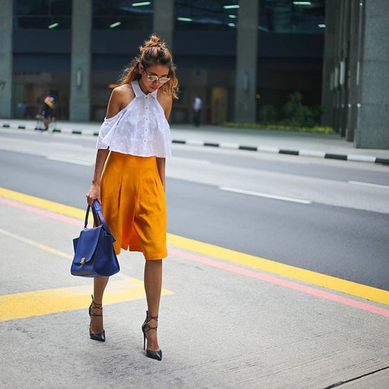 Dropped by my 2nd home in Singapore today feels great to be back in the CBD! Wearing @alicemccallptyltd top @paperlondon culottes and @lustforlifeusa heels. Photo by my long-lost friend @richxiong  by nellielim