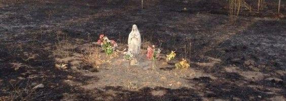 Se quemó una base militar y la imagen de la Virgen quedó intacta