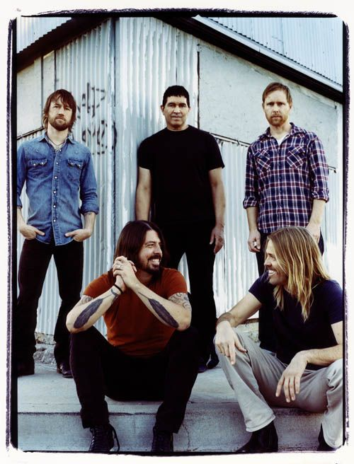 Foo Fighters. IL Assembly Hall 2000, KC Kemper Arena 2008, Sprint Center 2011