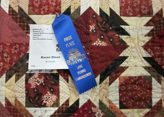 First time that I entered a quilt and got 1st place.