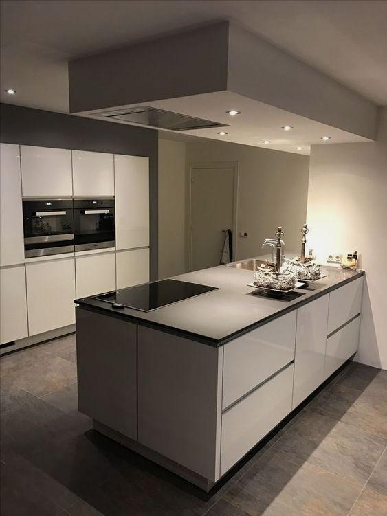 39 Most Popular Kitchen Backsplash Organization Design En 2020 Cuisine Moderne Cuisine Design Moderne Cuisines Design