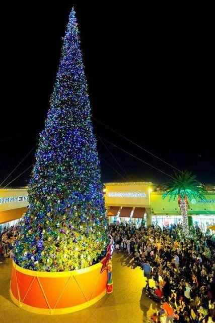 Casinha colorida: Pelo mundo: as árvores de Natal mais bacanas de 2015/16