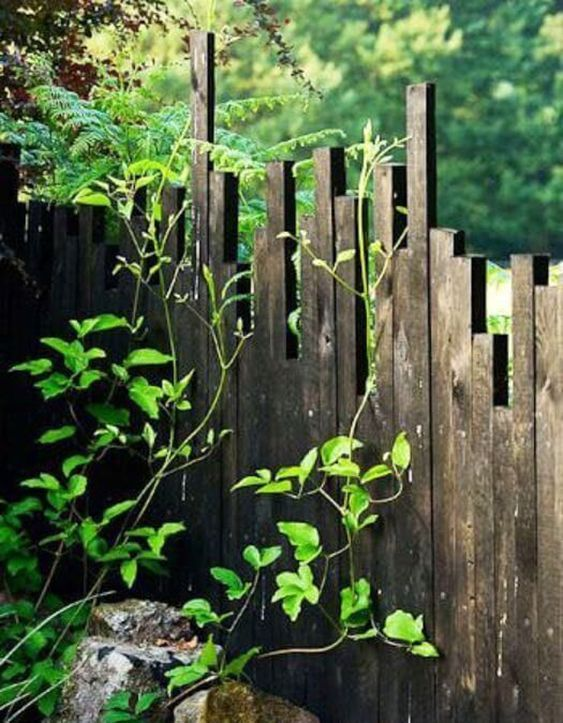 Beautiful Rustic Fence Ideas For Natural Looking Outdoor Space In