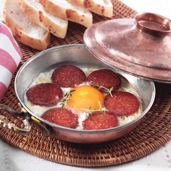 Sucuk, Salchicha de res seca condimentada, Turquía