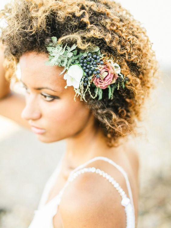 Simple and beautiful floral detail! #wedding #floralcrown #floral