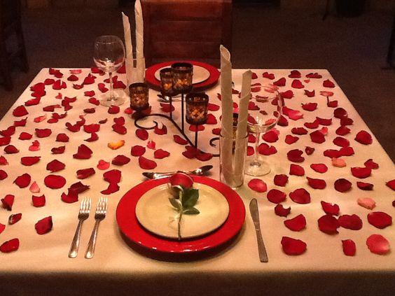 Montaje de una cena rom ntica en hotel xiadani restaurante for Cena original y sencilla