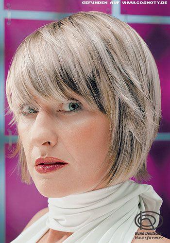 Kinnlanger Bob mit grau-blonden Strähnen - Frauen Frisuren-Bilder - COSMOTY.de
