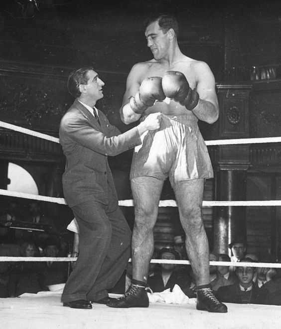Primo Carnera - 260½ pounds - All-Time Heaviest Boxing Champions - Photos - SI.com