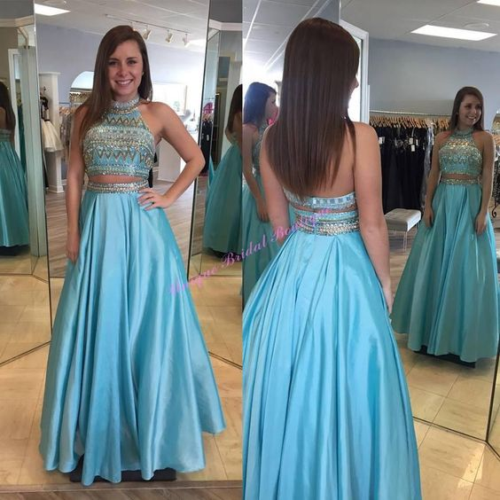 2016 Extravagant Gowns with Beaded High Collar and Sweep Train ...