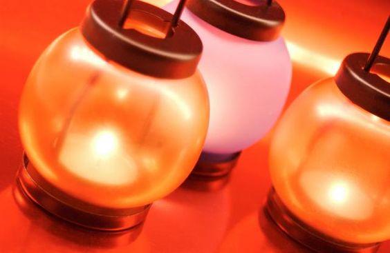 5 τρόποι για να είναι καθαρίσεις τα φαναράκια σου από τα κεριά