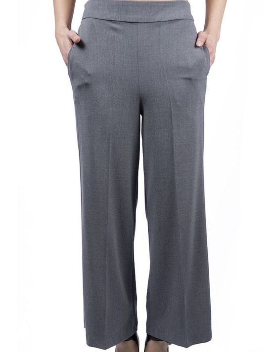Japanese Trousers - Gray $104.00  Flared trousers in a light gray color, ankle-length, high waist and spring in the rear.